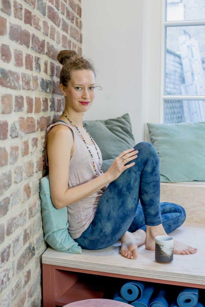 Yogalehrerin Kathrin